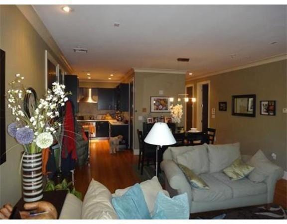 Photo of 354 Dorchester St #5, Boston, MA 02127 (MLS # 72689395)