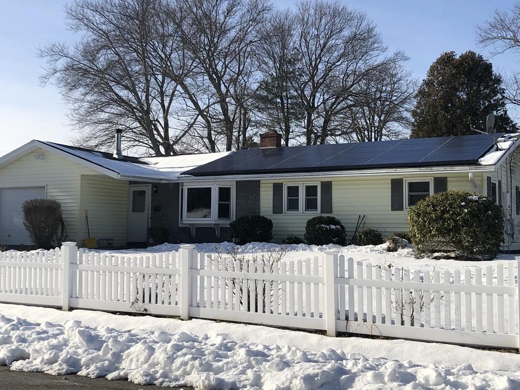 8 White Rd, Holbrook, MA 02343 - MLS#: 72605400