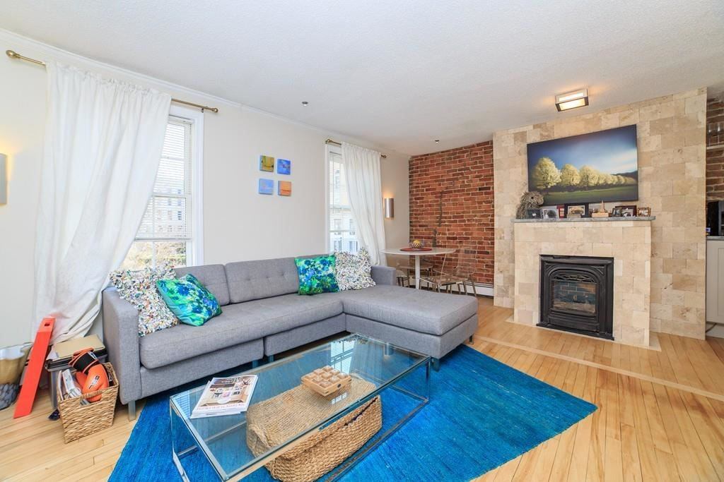 Photo of 4 Derne St #4, Boston, MA 02114 (MLS # 72641405)