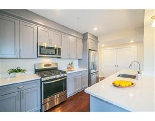Photo of 18 Johnson Ave #8, Quincy, MA 02169 (MLS # 72597408)
