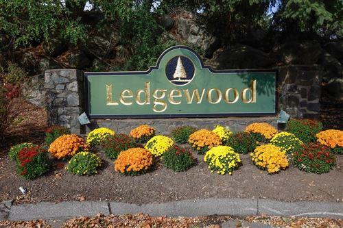 Photo of 12 Ledgewood Way #26, Peabody, MA 01960 (MLS # 72745412)
