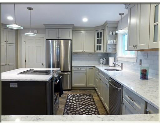 Photo for 44 High St #1, Andover, MA 01810 (MLS # 72439425)