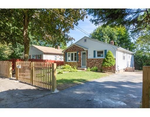 213 Ostend St, Johnston, RI 02919 - MLS#: 72570440