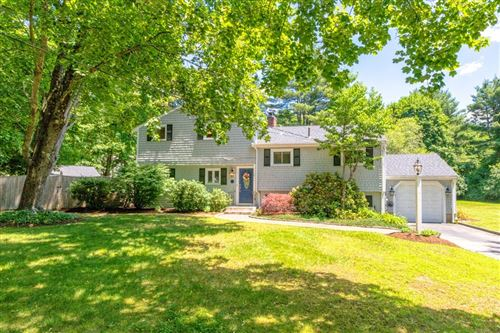Photo of 1 Stagecoach Rd, Medfield, MA 02052 (MLS # 72851448)