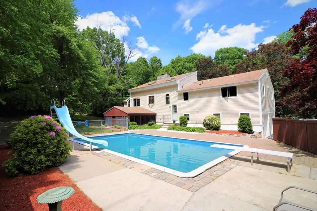 182 Hardy St, Dunstable, MA 01827 - MLS#: 72842451