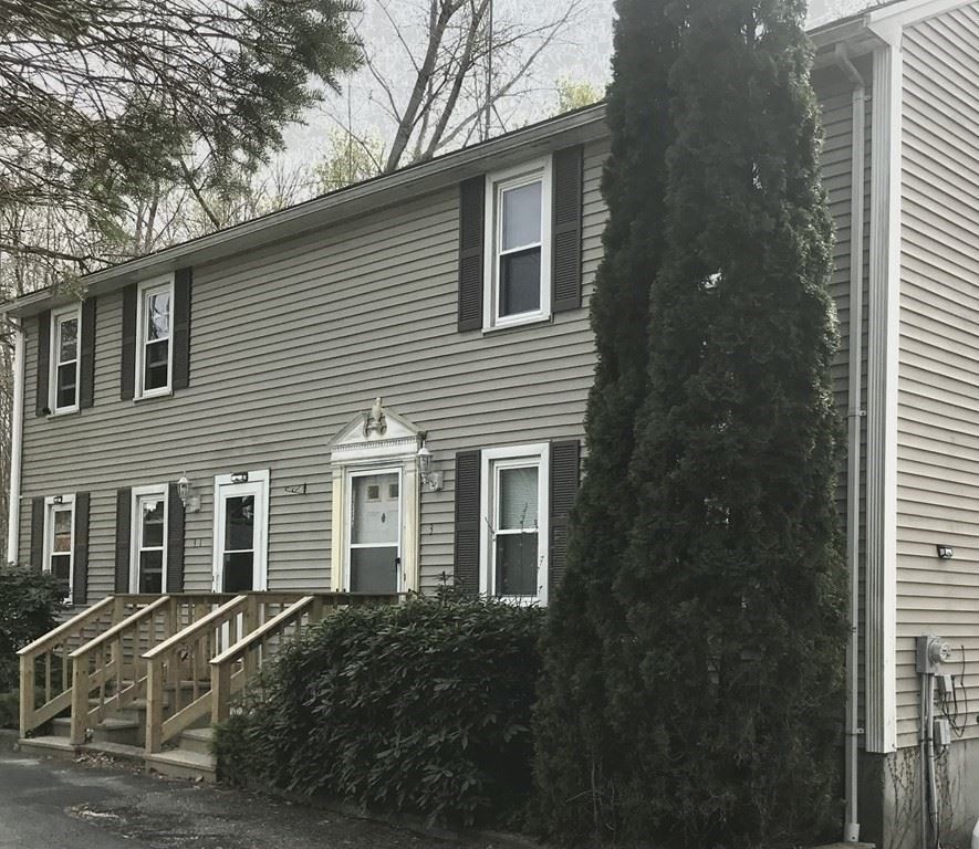 31 Vincent Cir, Worcester, MA 01604 - #: 72826475
