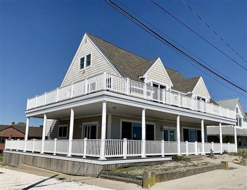 Photo of 93 Beach Ave Winter Rental #9/15-5/31, Hull, MA 02045 (MLS # 72833476)