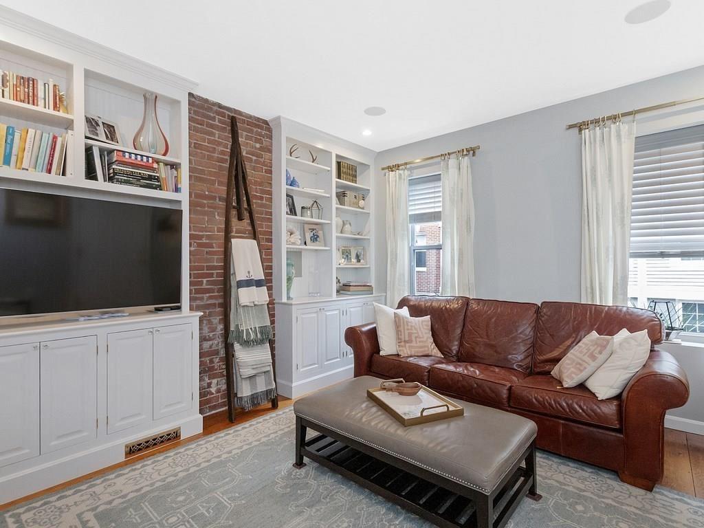 Photo of 19 Allston Street #1, Boston, MA 02129 (MLS # 72730477)