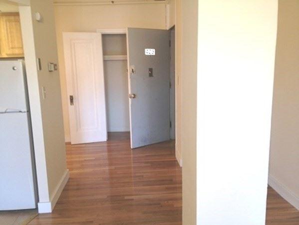 Photo of 475 Commonwealth Avenue #405, Boston, MA 02215 (MLS # 72812513)