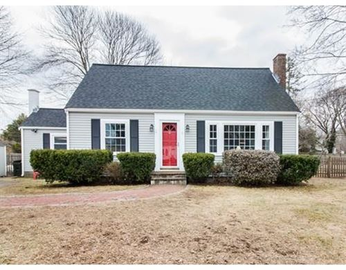 Photo of 5 Remsen Ave, Medfield, MA 02052 (MLS # 72615524)