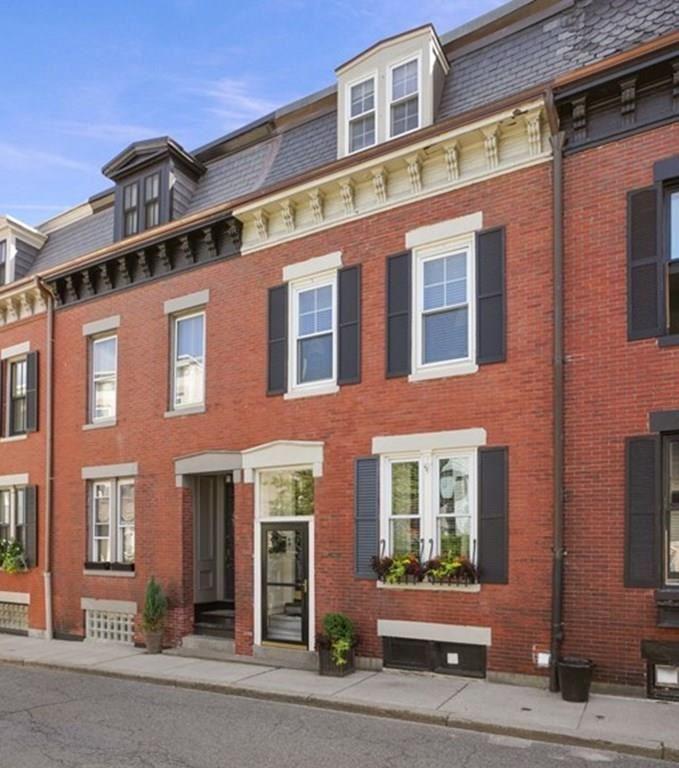 Photo of 13 Cross Street, Boston, MA 02129 (MLS # 72722538)