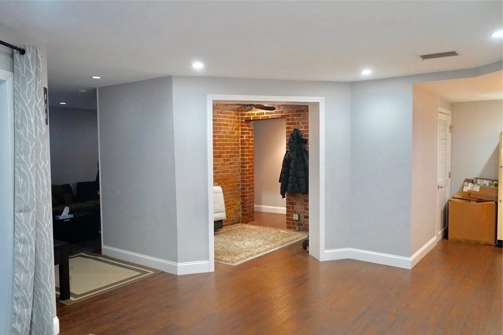 Photo of 111 Gainsborough #008, Boston, MA 02115 (MLS # 72775541)