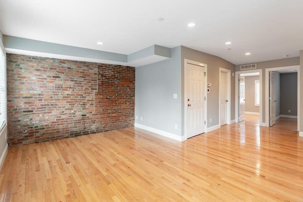 Photo of 88 Endicott St #3, Boston, MA 02113 (MLS # 72828546)