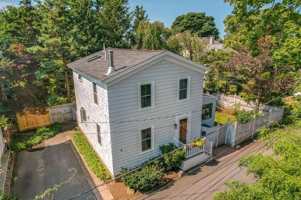 12 Cottage Ln, Beverly, MA 01915 - MLS#: 72870557