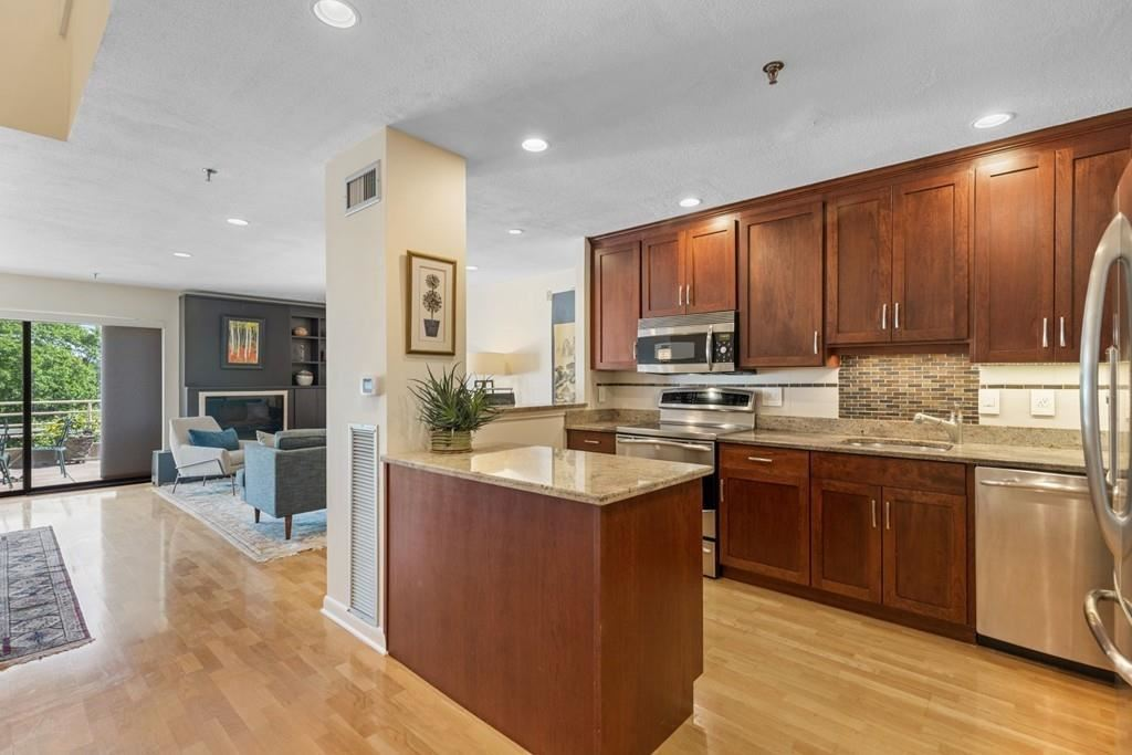 199 Coolidge Ave #111, Watertown, MA 02472 - #: 72670561