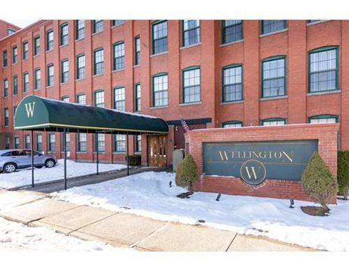 Photo of 54 Green St #401, Leominster, MA 01453 (MLS # 72602566)