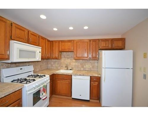 Photo of 47 Edgelawn Ave #12, North Andover, MA 01845 (MLS # 72561577)