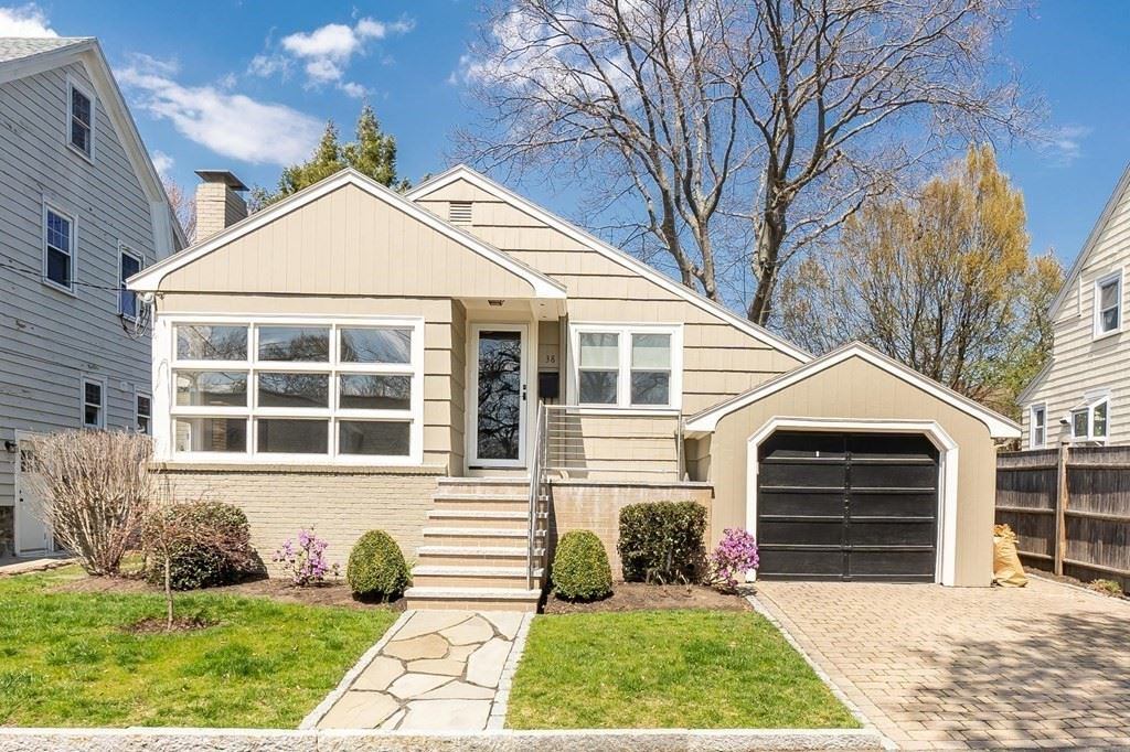 38 Plymouth Ave, Swampscott, MA 01907 - MLS#: 72854580