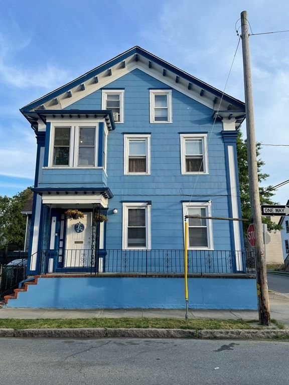 242 Maxfield St, New Bedford, MA 02740 - MLS#: 72849589