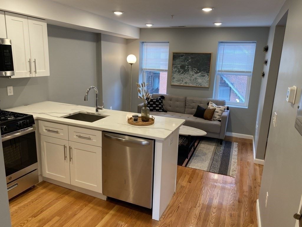 Photo of 13 Wiget St #3, Boston, MA 02113 (MLS # 72824595)
