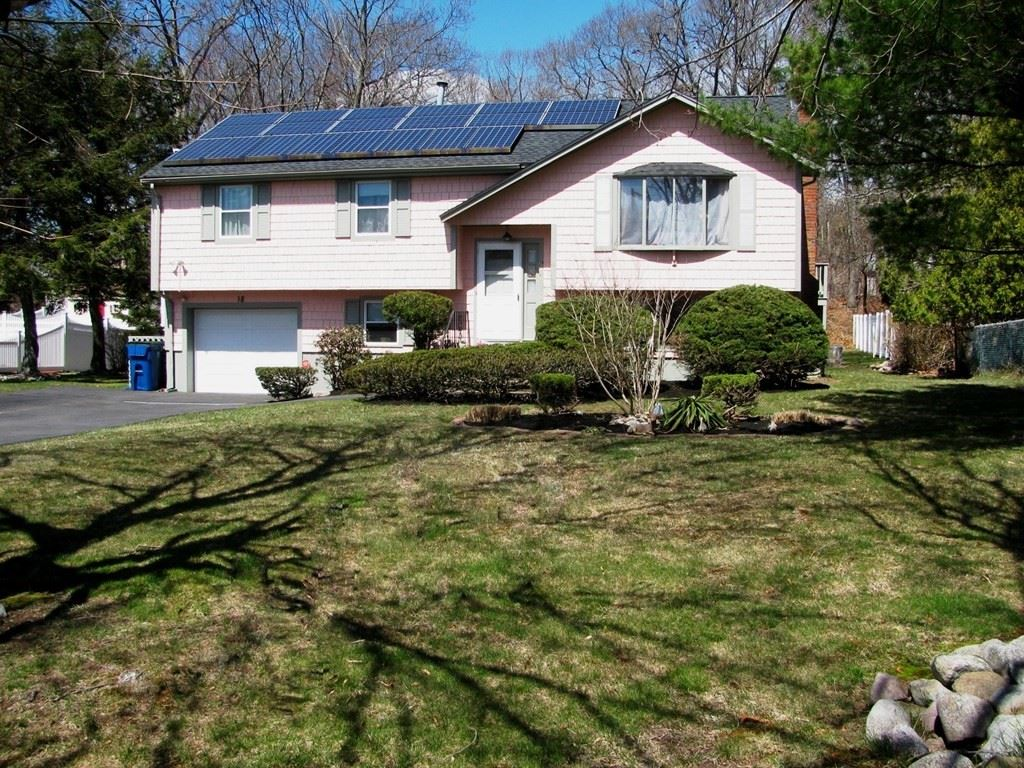 18 Maple Rd, Randolph, MA 02368 - MLS#: 72811608