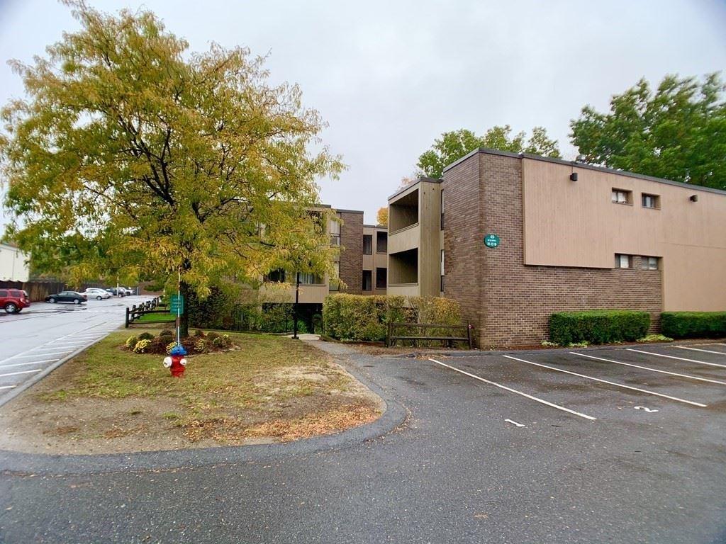 Photo of 10 Shrewsbury Green Drive #B, Shrewsbury, MA 01545 (MLS # 72742610)