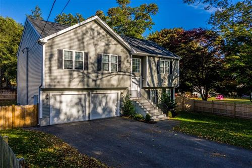 Photo of 29 Middlesex Ave, Dartmouth, MA 02747 (MLS # 72736611)
