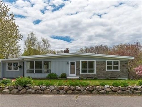 Photo of 5 Normanstone Dr, Rockport, MA 01966 (MLS # 72661613)