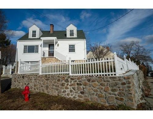 Photo of 16 Lakeview Terrace, Woburn, MA 01801 (MLS # 72607642)