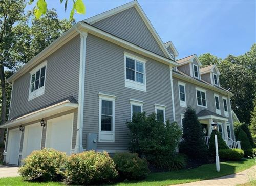 Photo of 52 Robinson Dr, Bedford, MA 01730 (MLS # 72684644)