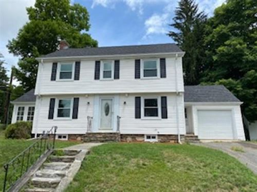 Photo of 1 Stoneleigh Rd, Worcester, MA 01606 (MLS # 72684647)