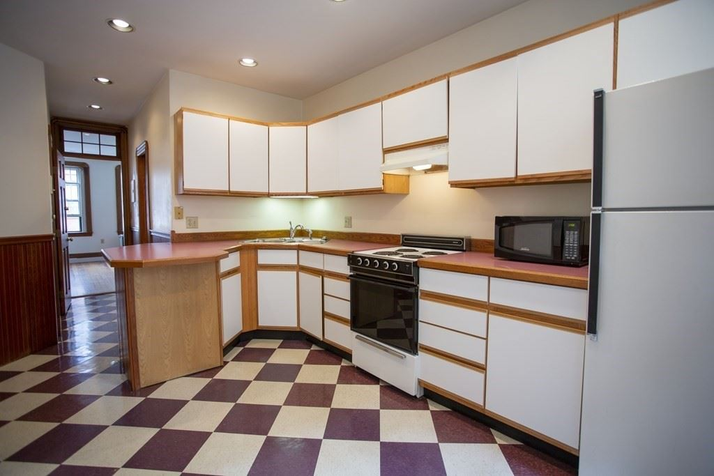 Photo of 36 South Russell Street #3, Boston, MA 02114 (MLS # 72874688)