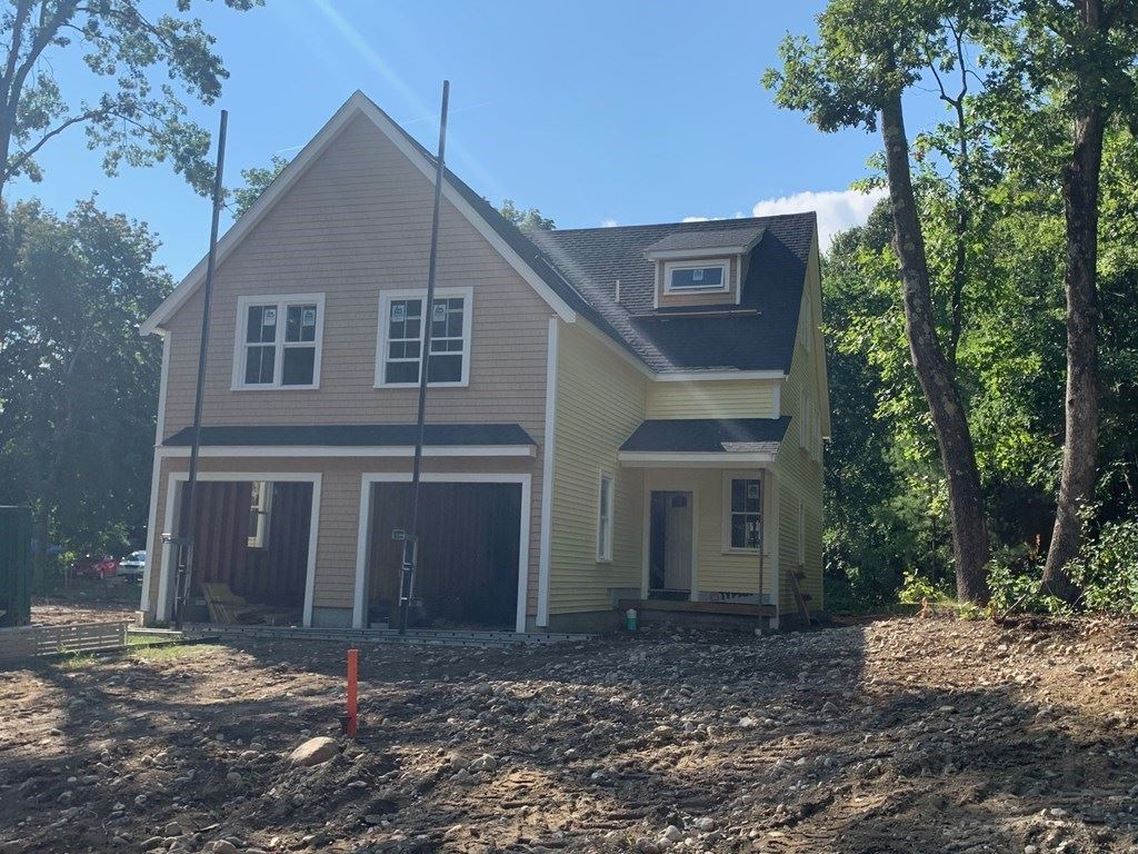 Photo of 14 A Orchard View Circle #14 A, Framingham, MA 01702 (MLS # 72812689)