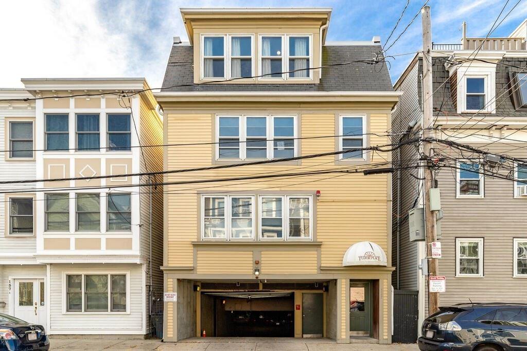 157 W 6Th Street #D, Boston, MA 02127 - MLS#: 72765697