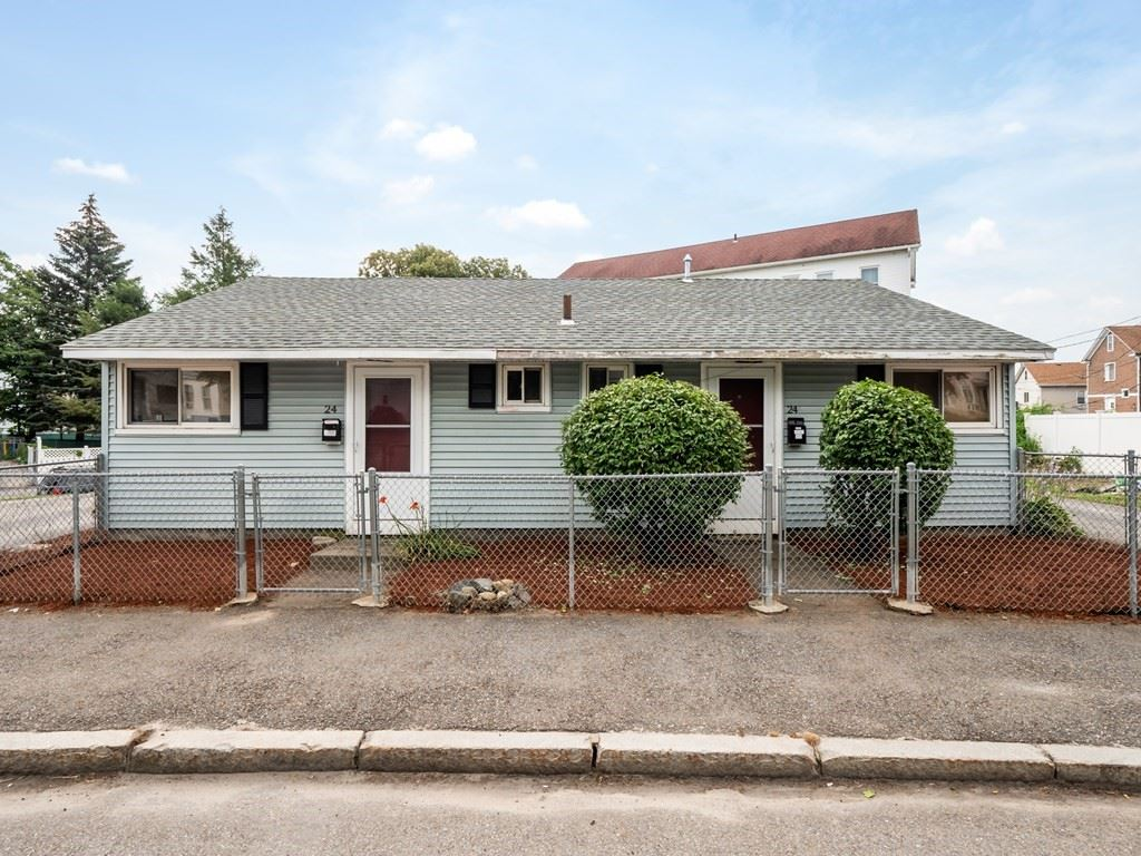 24 Holcombe St, Worcester, MA 01604 - MLS#: 72881700