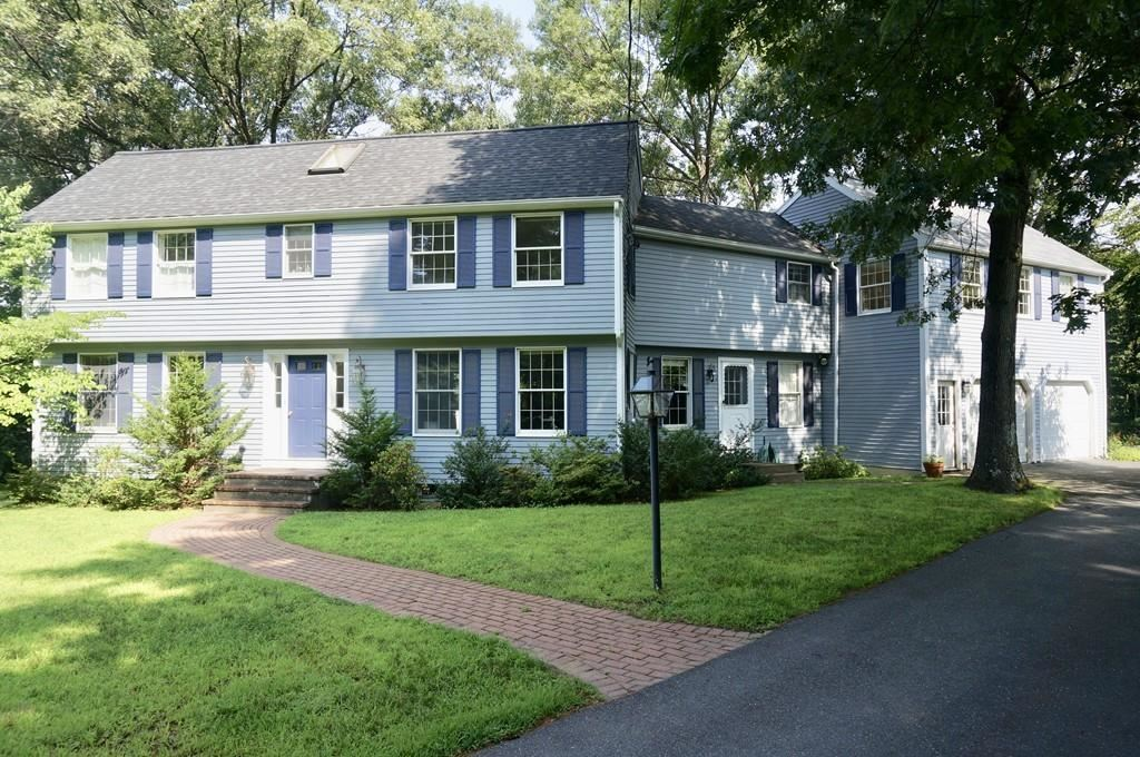 58 Walnut St, Concord, MA 01742 - #: 72665705