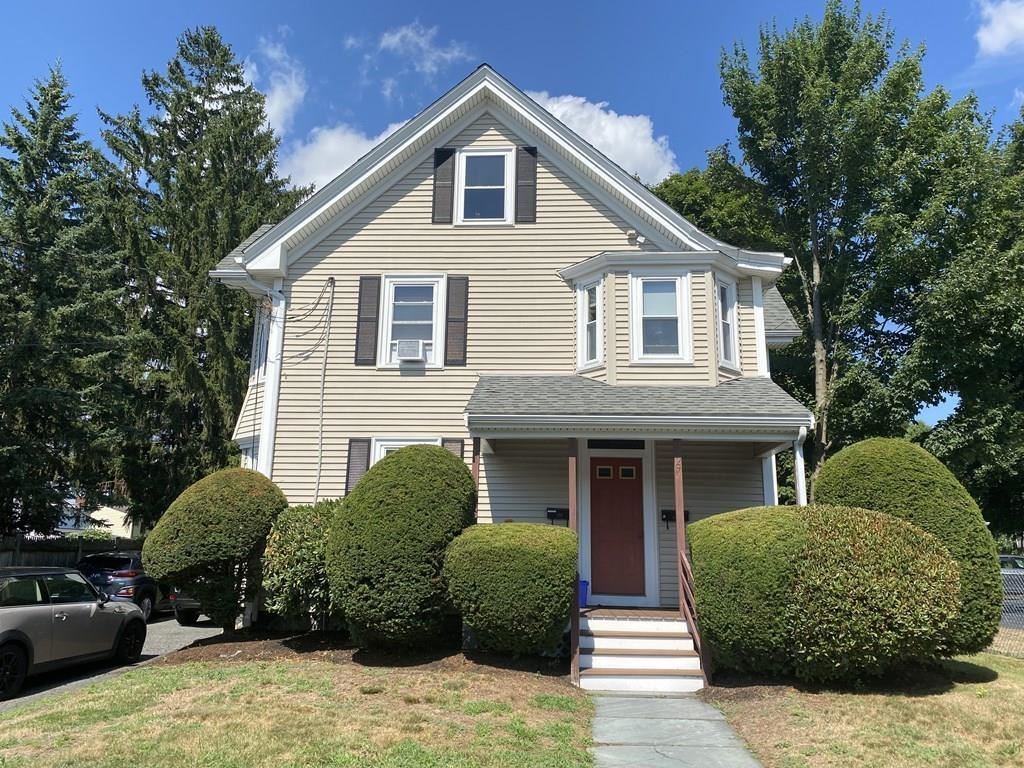 Photo of 27 WILLOW ST #1, Waltham, MA 02453 (MLS # 72704711)