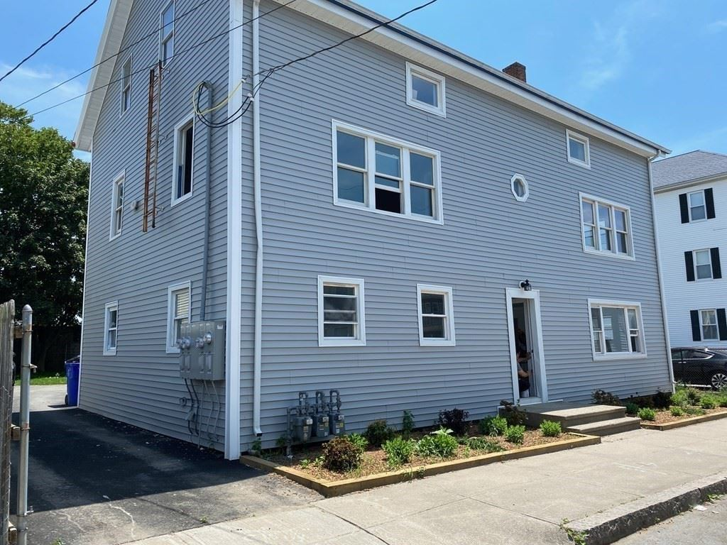 40 Foster St, Fall River, MA 02721 - #: 72845719