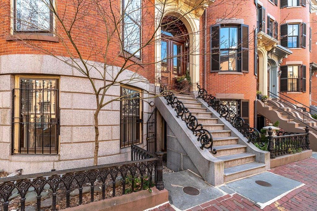 Photo of 96 Pembroke Street #A, Boston, MA 02118 (MLS # 72874731)