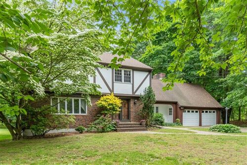 Photo of 589 Pearl St, Reading, MA 01867 (MLS # 72847742)