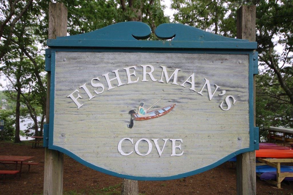 45 Fisherman\'s Cove Road, Falmouth, MA 02536 - #: 72846742