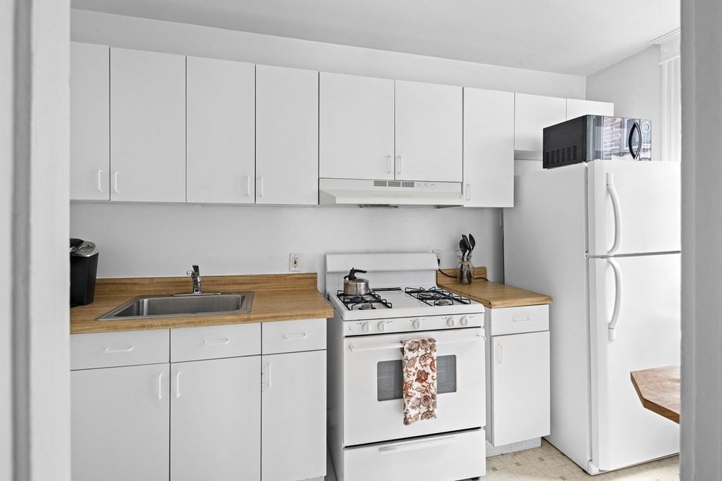 Photo of 47 Park Vale Ave #12, Boston, MA 02134 (MLS # 72873749)