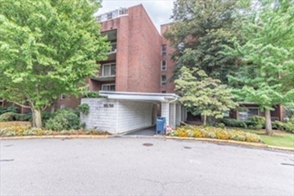 56 Broadlawn park #404, Boston, MA 02467 - MLS#: 72816768