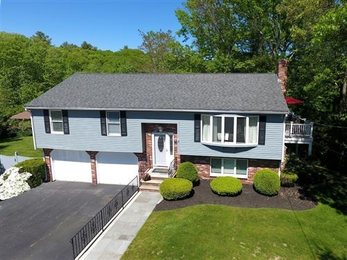 Photo of 17 Collins Road, Wakefield, MA 01880 (MLS # 72809788)