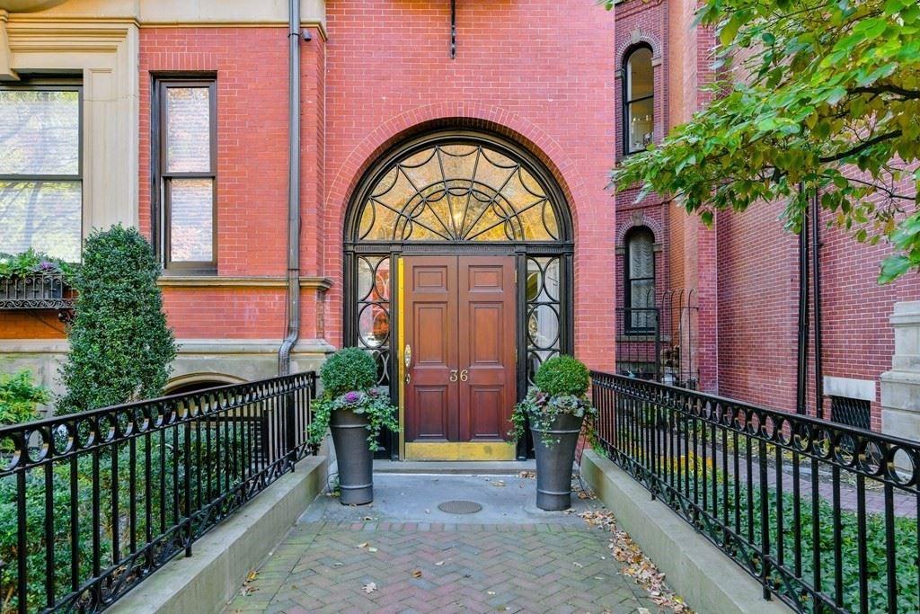 Photo of 36 Commonwealth Avenue #1, Boston, MA 02116 (MLS # 72737793)