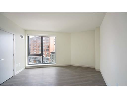 Photo of 1 Canal St. #1018, Boston, MA 02114 (MLS # 72582799)