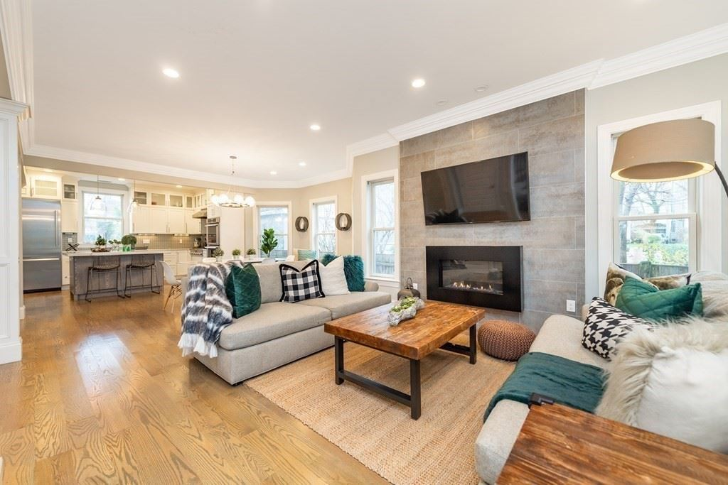 Photo of 8 Manton Terrace, Brookline, MA 02446 (MLS # 72774801)