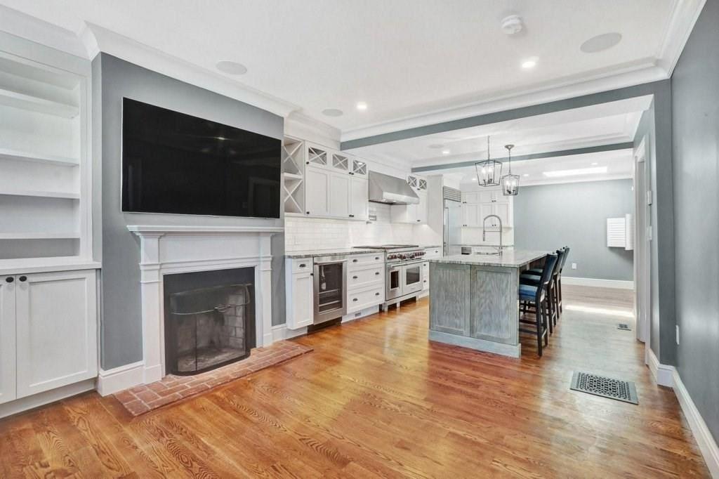 Photo of 3 Hilary Street, Boston, MA 02129 (MLS # 72642803)