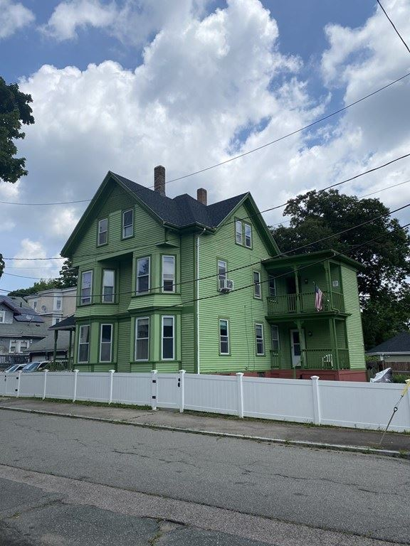 12 Simmons Ave, Brockton, MA 02301 - MLS#: 72836809