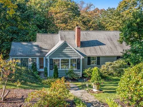 Photo of 62 Arnold Rd, Wellesley, MA 02481 (MLS # 72909810)